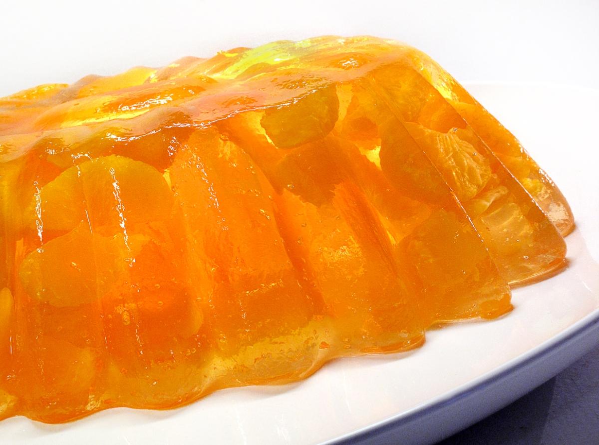 Mandarin Orange Jello Cake Recipe: The Jello Mold Mistress